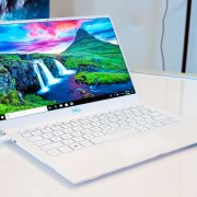 Dell XPS 13 (9380): everything is better in a computer that finally has the webcam where it should always be