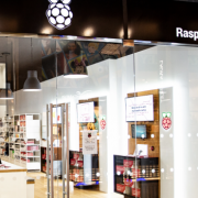 The first physical store of Raspberry Pi opens its doors to reach that public that can not get online